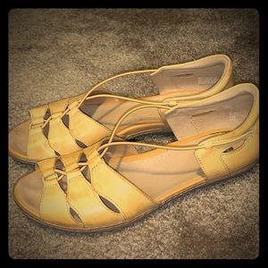 Earth mustard yellow slip-on sandals sz. 10
